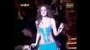 Petek Dincoz Gunayda Dans Show
