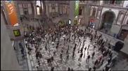 Над 200 души започват да танцуват на централната гара в Антверпен