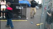 Хлапе побеждава Охрана в танц по Dubstep