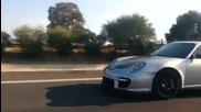 Гръцка Лада 2104 дърпа Porsche 911 Gt2 Rs