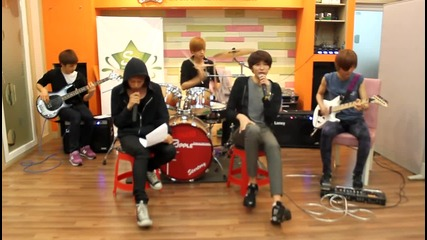 Ledapple-run Devil Run [cover]