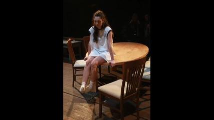 Чочо Попйорданов на сцената на Народния в Август в Оклахома (фен видео с музиката на Adele)