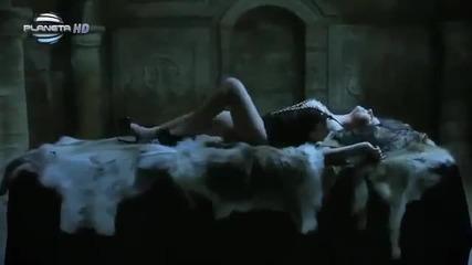 Сиана - Още ме държи (official Video)