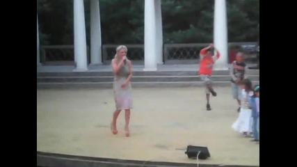 Десислава в Летния театър на Хисар - Микс от изпълнения на живо