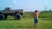Разглобяване на Monster truck за секунди