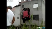 Така се паркира кола (смях)