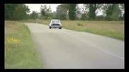 Vw Golf 1 по бърз от Bugatti Veyron !!!! (+sub)