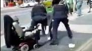 В какво се е превърнала днешната полиция!трябва Да Се Изгледа / Call the Cops - Rob Hustle ft. Bump