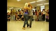 Момичето с Палавото Дупе Танцува - Ще Ви Зариби!