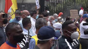 Venezuela: Caracas health workers take to the streets demanding more COVID vaccines