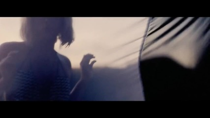 Shakira - Addicted To You ( Официално видео ) 2012
