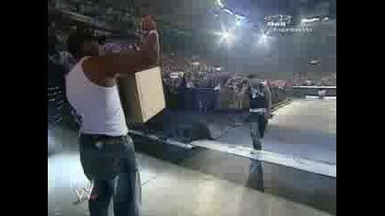 WWE - Излизане На Cryme Time