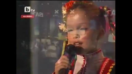 Малката българка която засенчи половината поп-фолк певици със своя глас