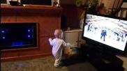Бебе танцува Гангнам стайл