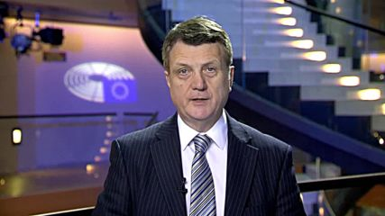 France: Theresa May is 'completely useless' – UKIP leader Batten on draft Brexit deal
