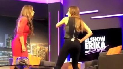 Cathy y Erika - Show Clip