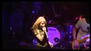 Paramore Misery Business Kroq live