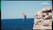 Добре, че имат късмет и не се разбиха като Бийтълс ! Екстремни скокове от високо !
