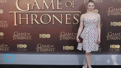 Dress Du Jour: Sophie Turner's Flirty Chalayan Dress