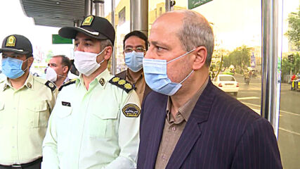 Iran: Tehranis react as masks become compulsory in public