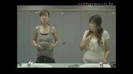 Корейка показва как се правят Смях!