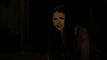 Деймън и Елена - сцената, в която деймън се опита да я направи вампир...