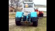 Руски трактор Т - 150к дърпа затънал Камион - Хасковско