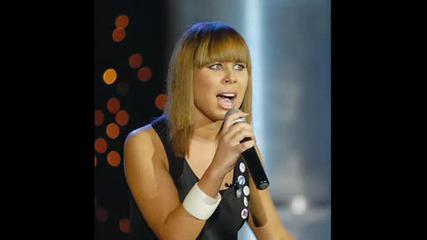 Победителката От Music Idol 3 вече със собствена песен : Магдалена Джанаварова Feat Светлозар Христ