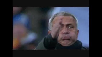 Реакцията на Моуриньо след дузпата на Серхио Рамос