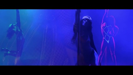 Премиера! •2013• Rihanna - Pour It Up (explicit)