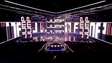14 годишния взриви отново сцената на The X Factor Америка 2011 - Astro ( Brian Bradley )