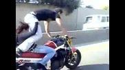 Не Правете Това !!! Много Опасно Каране На Мотор