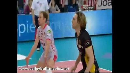 100 Volleyball Digs in 2 minutes