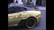 Позлатено Ferrari 599 - голям рев
