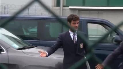 Италия се прибра, само Буфон застана пред медиите