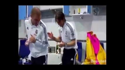 Смях!! Футболистите Играят на Румънско !