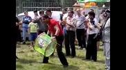 Youtube - Пирин пее 2010 (pirin pee 2010) - Зурни на поляната