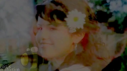 selena gomez - smile