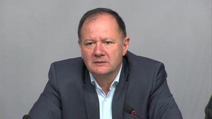 Миков: Няма да сам да се предложа за председател