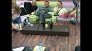 Смях Що е то Пръдлива гъба... Big Brother Family