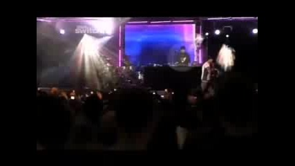 Chris Brown - W!th y0u на живо