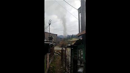 """От """"Моята новина"""": Бълват димни облаци и не им пука"""
