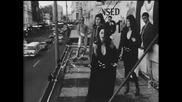 Chantoozies - Walk On (1990)