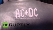Нова Зеландия: Бившият барабанист на AC/DC отново на съд