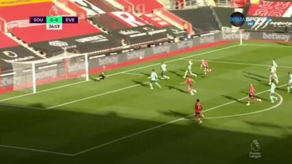 """Уорд - Праус откри резултата за """"светците"""" срещу Евертън"""