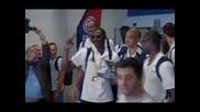 Хиляди посрещнаха още на летището баскетболистите на Франция