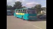 1674 Автобус Кента 11м4м потегля от автогара гр. Търговище