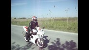 Yamaha R1 stoppie fail