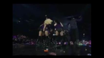/live 2009/ Wisin Y Yandel - Me Estas Tentando