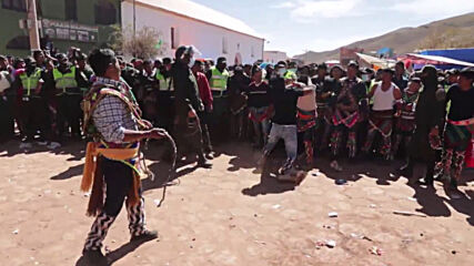 Bolivians blow off steam at annual festival of bare-knuckled brawls